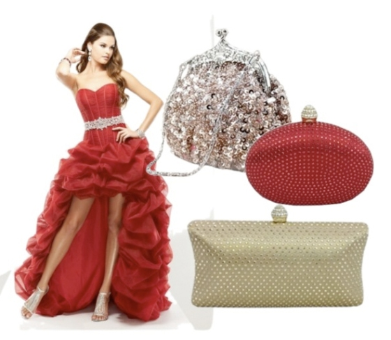 Chicastic has the best collection of prom purses to match any dress!