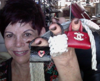 The tiniest purses in the world!